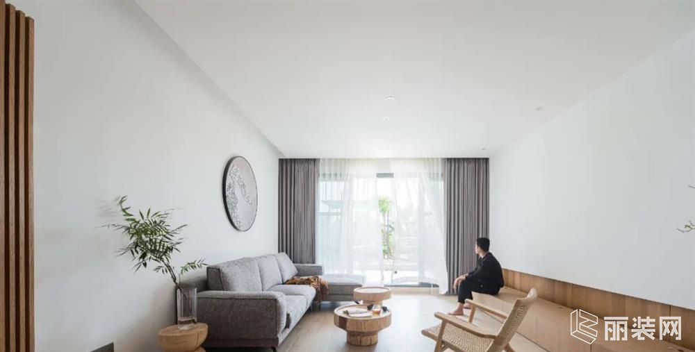 威海智慧空间装饰-120平米原木简约案例效果图